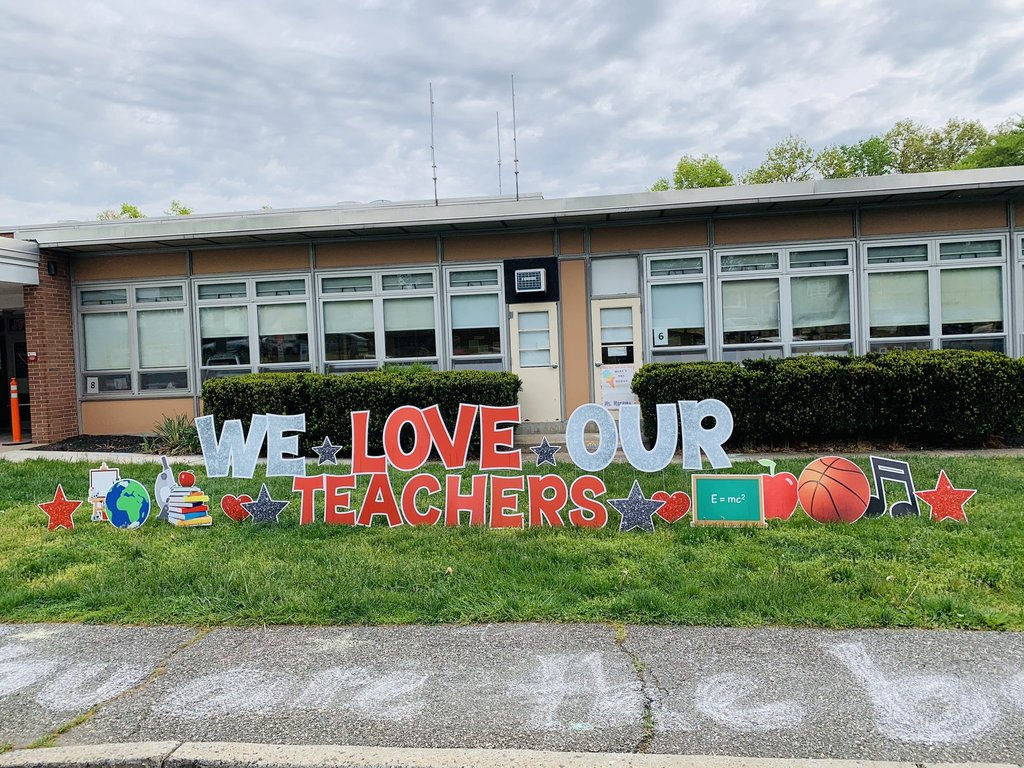 we love our teachers sign